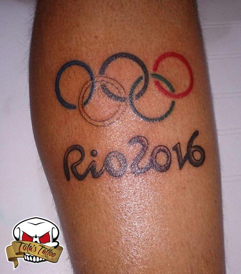 Luis Molina y su tatuaje olímpico Rio 2016