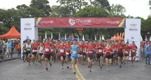 Carrera UNICEF por la Educación Rosario: casi 5 mil corredores solidarios apoyaron la educación inicial